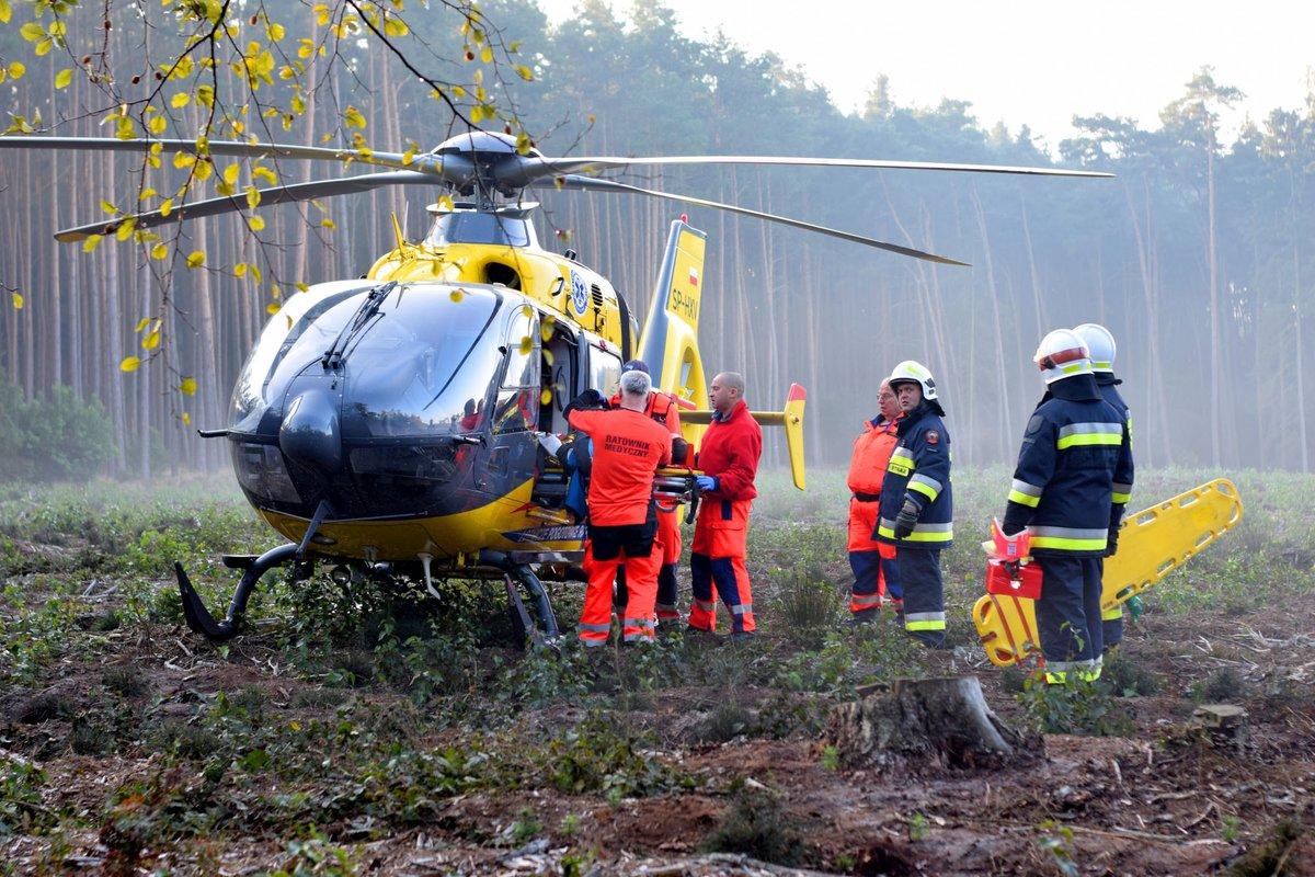 wypadek w śremie ambulans helikopter - Michał Czubak