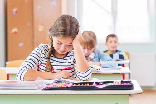 szkoła klasa uczniowie dzieci nauka - Fotolia