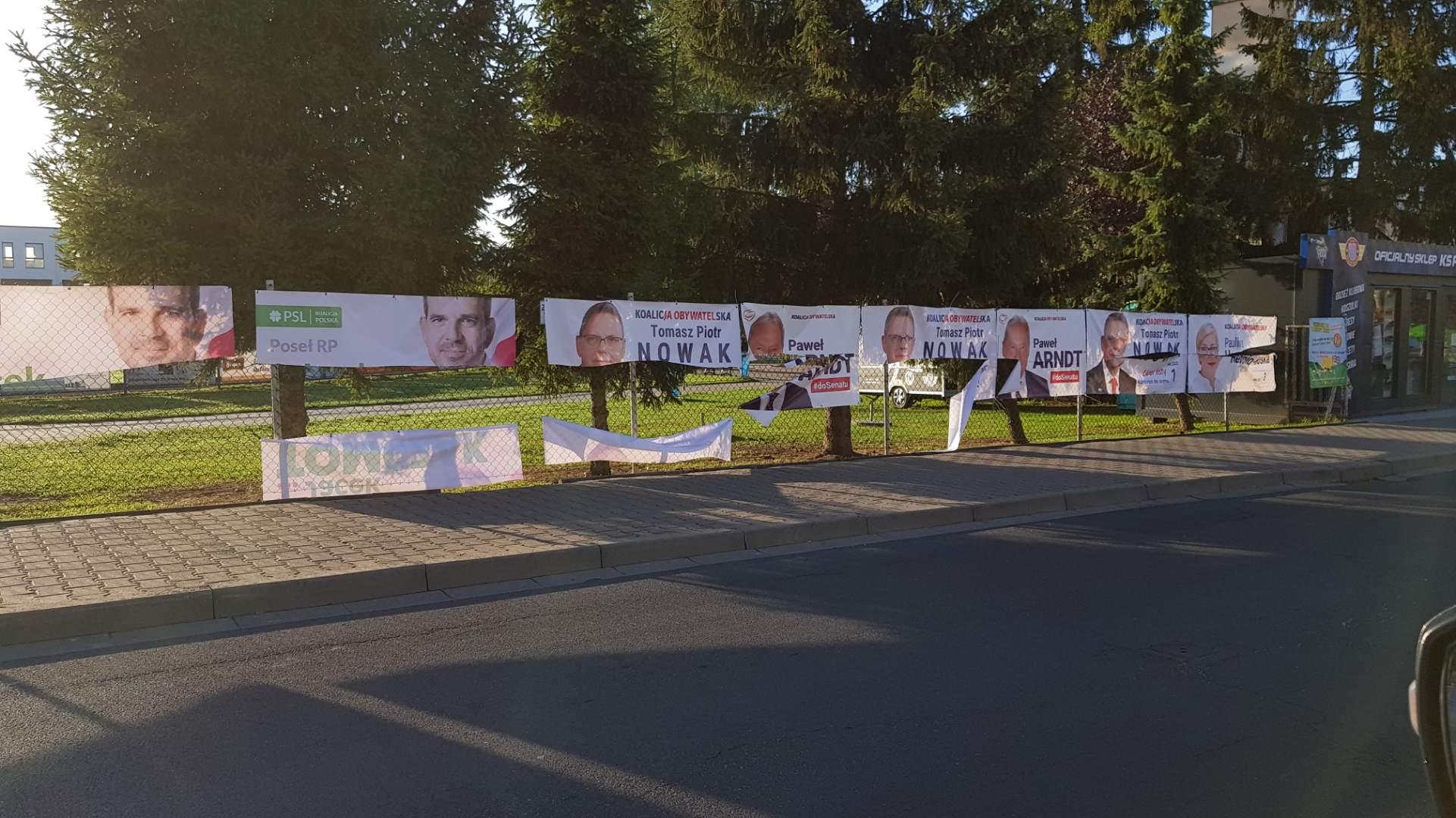 zniszczone banery wyborcze środa wielkopolska - Joanna Majcher