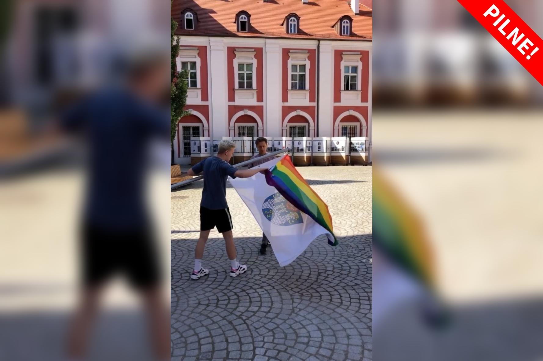 lgb sterczewski stonewall - Grupa Stonewall - Facebook