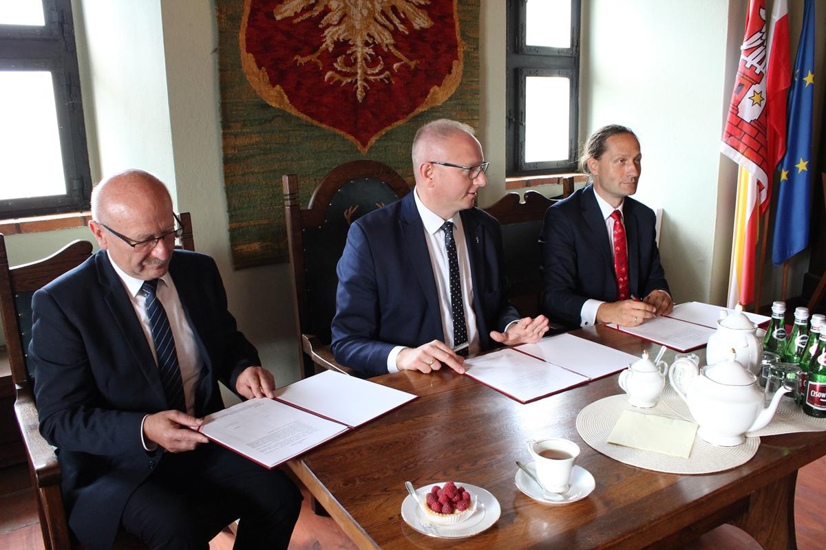 umowa rtg rentgen międzychód rafał litke łukasz mikołajczyk waldemar górczyński powiat międzychodzki - Powiat Międzychodzki