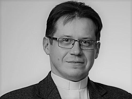 Ksiądz doktor Artur Filipiak - www.nawiedzeniepoznan.pl