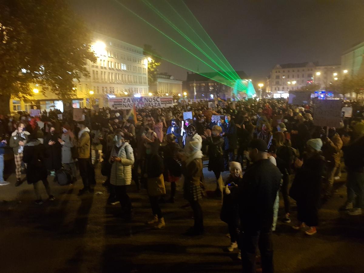 protest plac wolnosci strajk kobiet - Hubert Jach - Radio Poznań