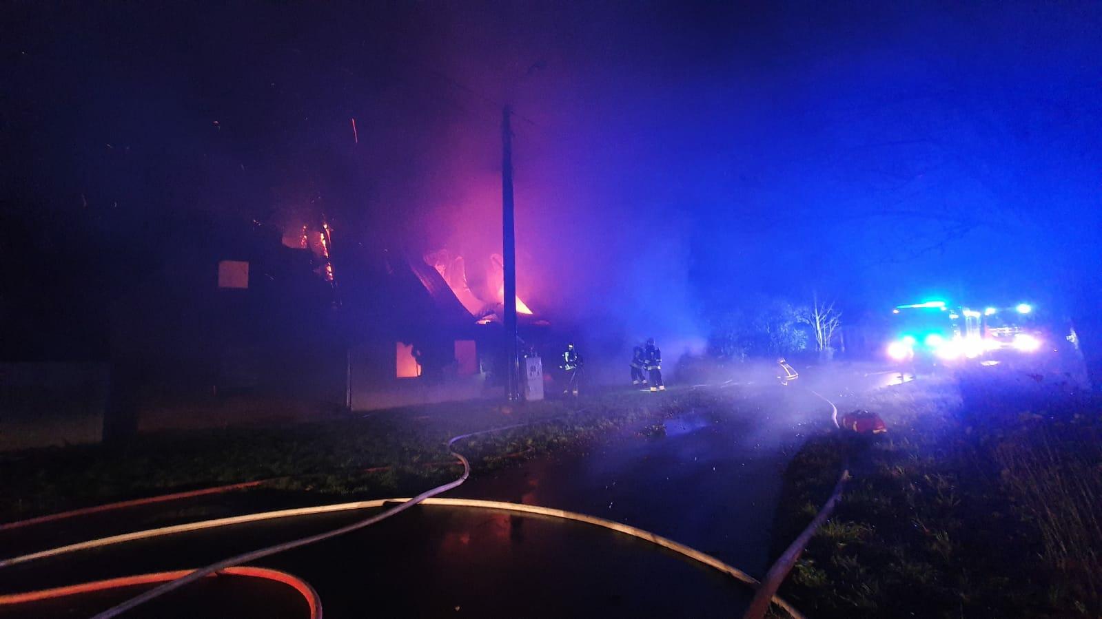 nocny pożar chodzież nowa wieś wyszyńska  - Aspirant Bartłomiej Braszak