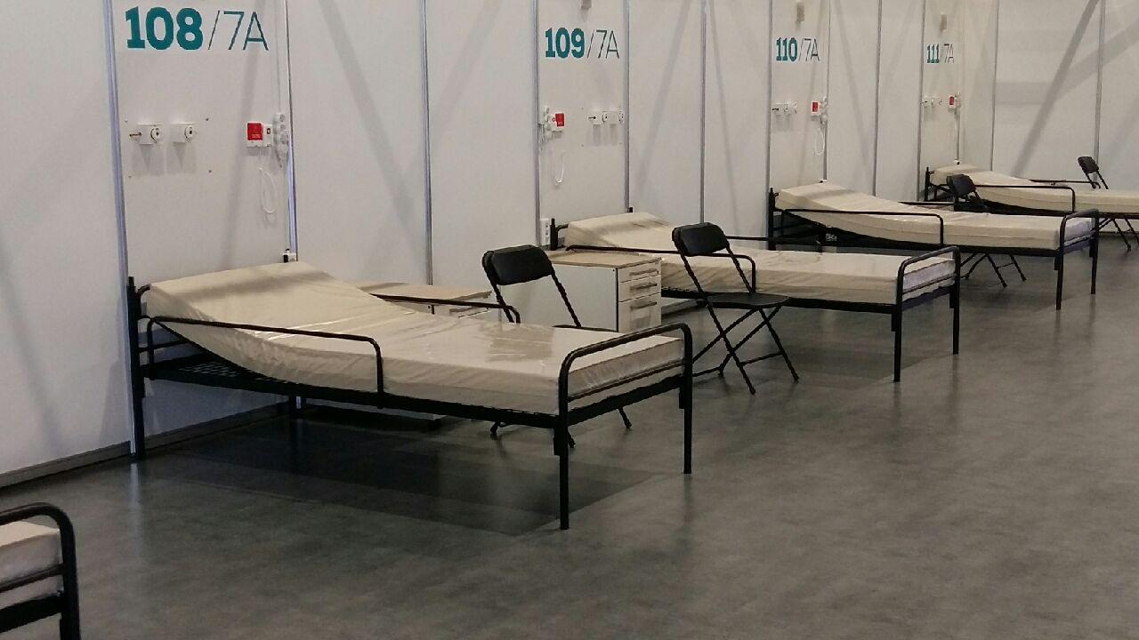 szpital tymczasowy na targach - Magdalena Konieczna