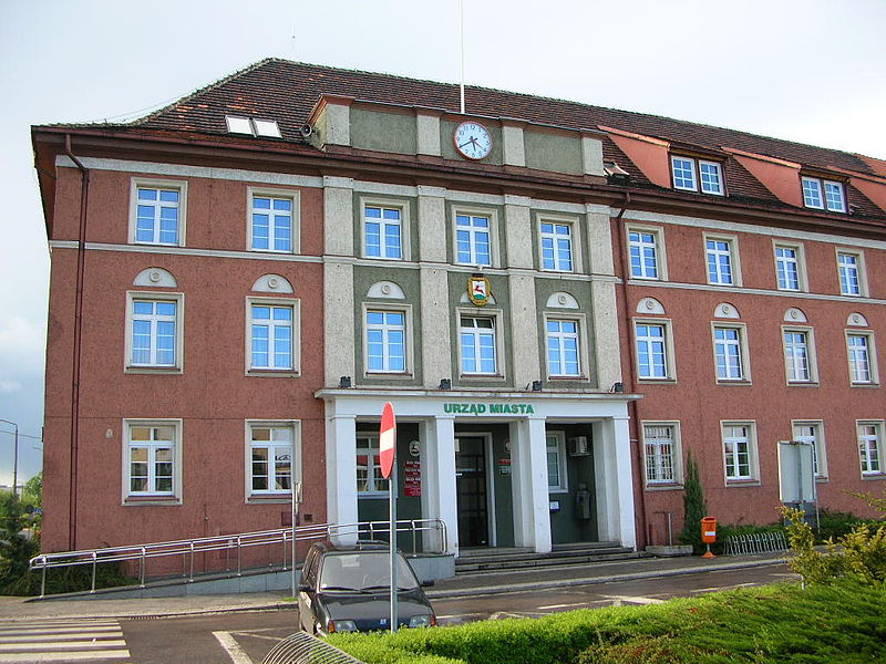 ratusz piła - CC: Wikimedia Commons: Bartek Wawraszko