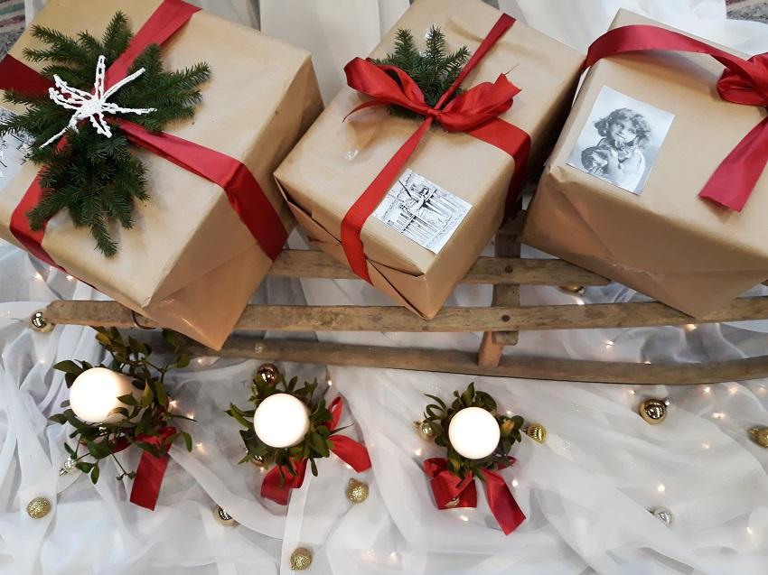 paczki święta prezenty - Materiały prasowe