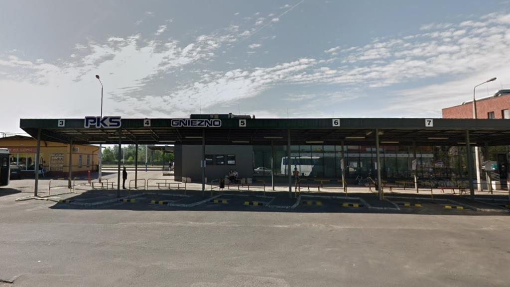 pks gniezno dworzec - Google Maps