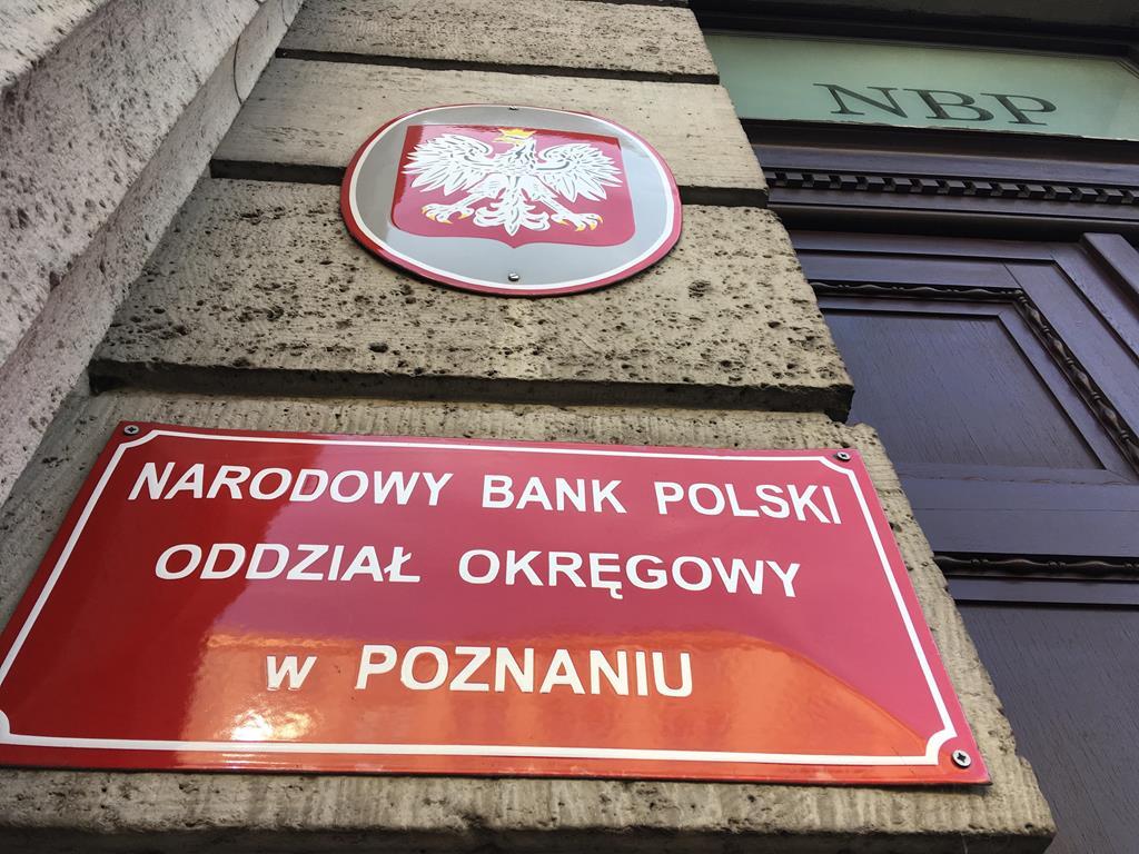 moneta z flagą polski narodowy bank polski - Jacek Butlewski