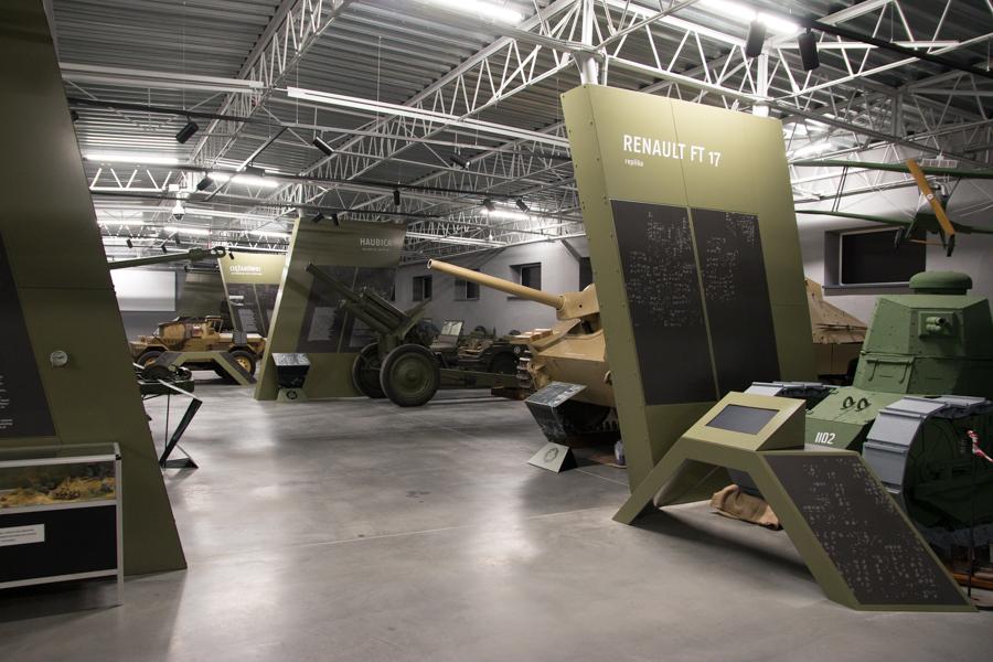 nowe muzeum broni pancernej - Leon Bielewicz