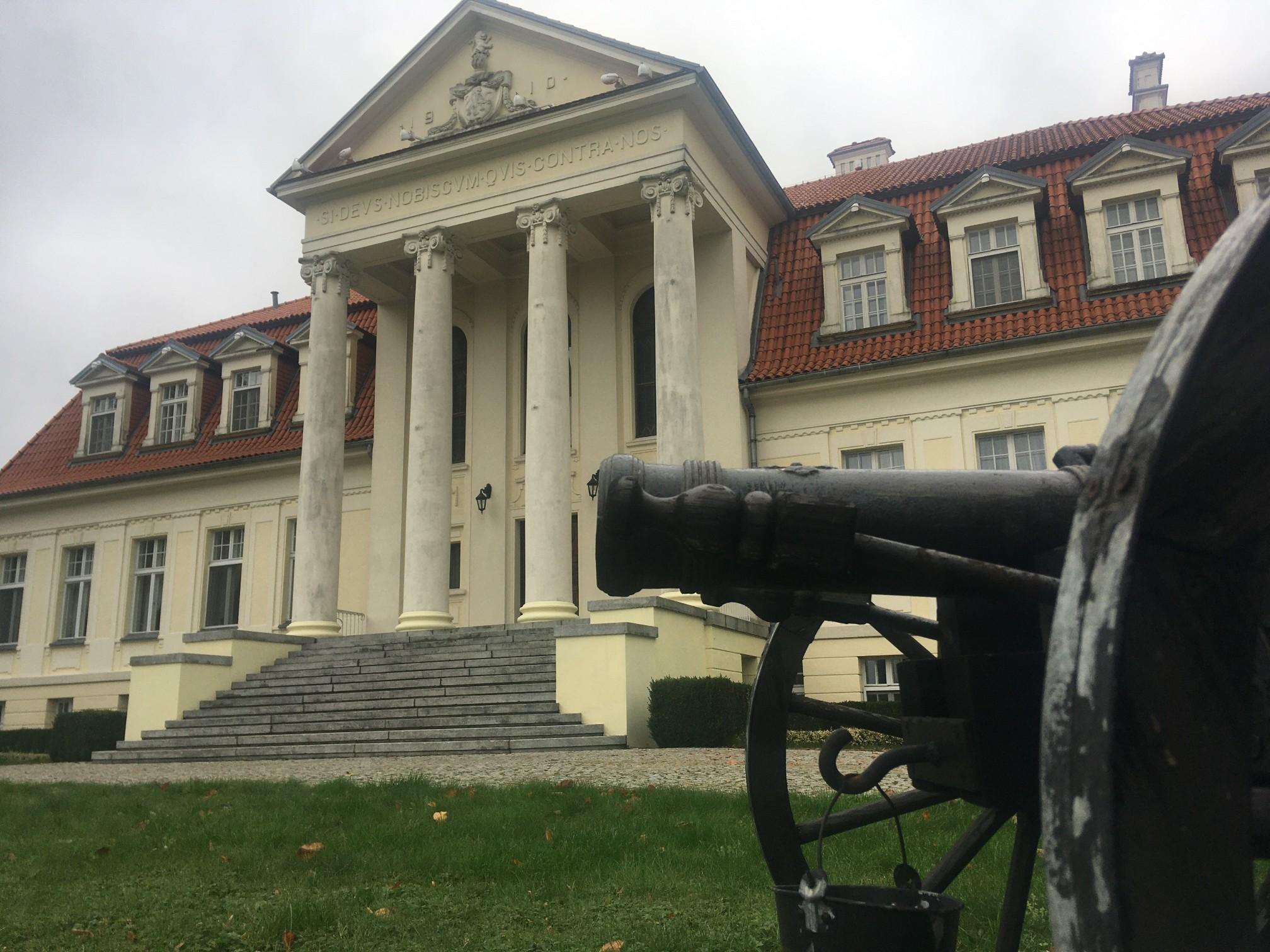 pałac winna góra  - Rafał Regulski