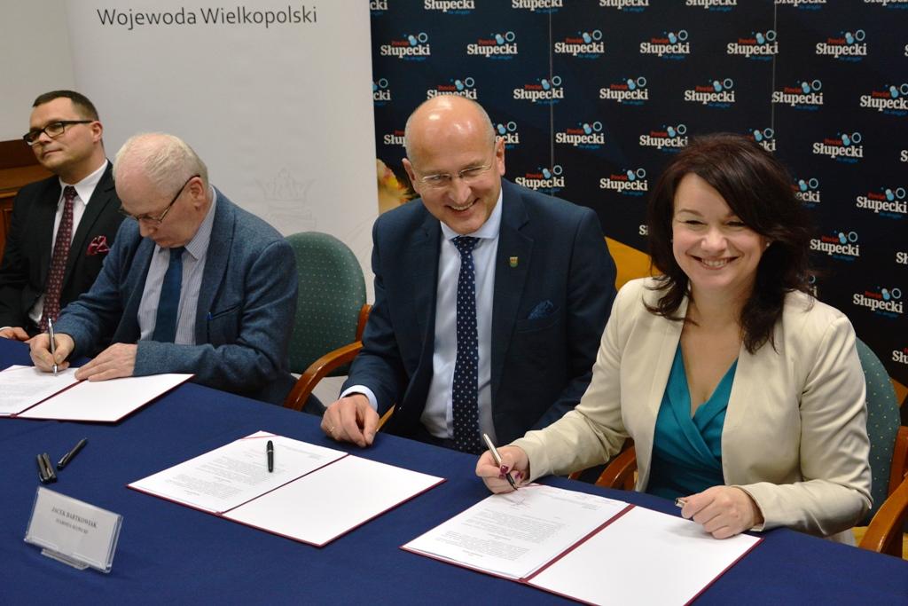 szpital w słupcy dofinansowanie podpisanie umowy - www.poznan.uw.gov.pl