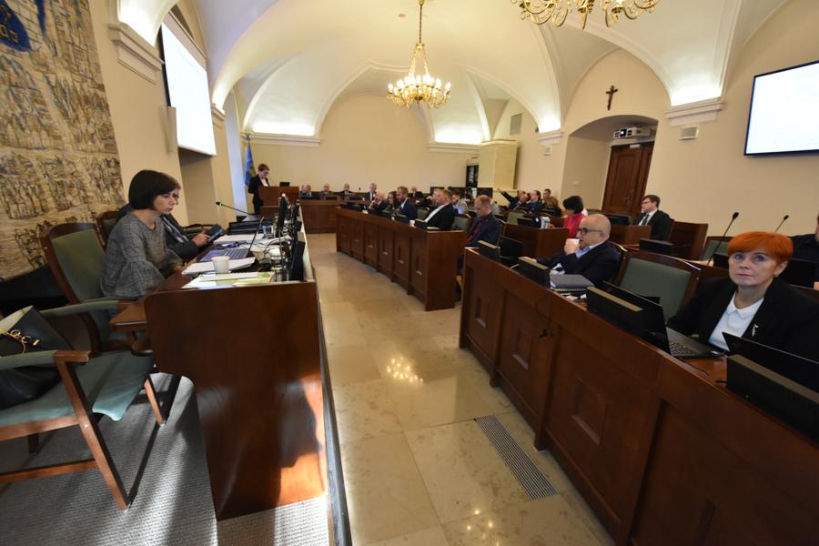 sesja rady miasta rada miasta poznania poznań - Wojtek Wardejn - Radio Poznań