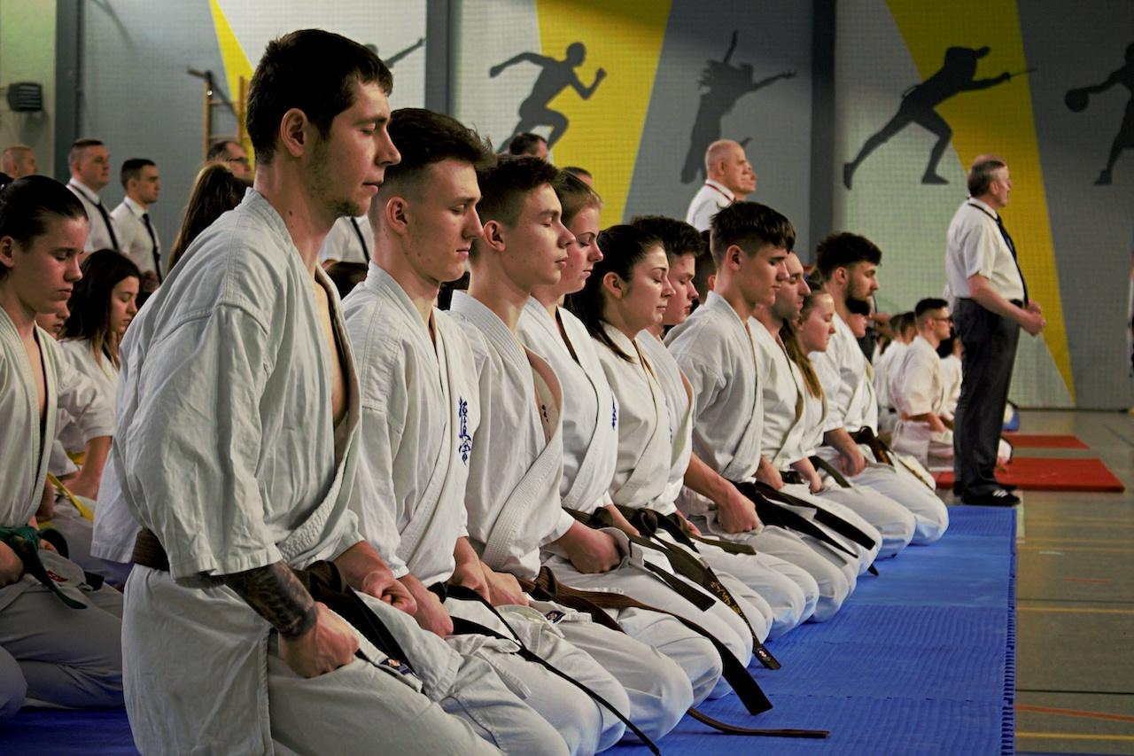 karate nowy tomyśl plank bicie rekordu deska - David Majchrzak - Radio Poznań