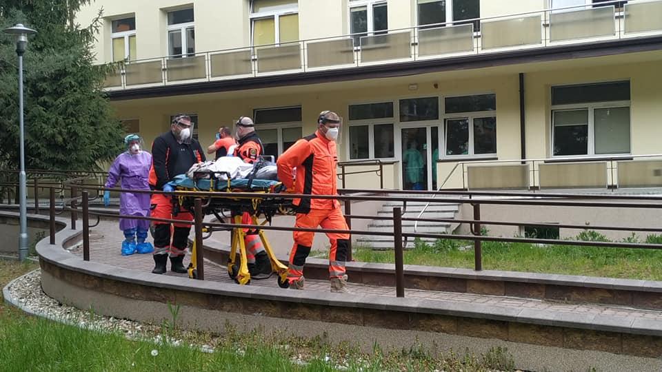 Szpital w wolicy transport pacjentów - Wojewódzki Specjalistyczny ZZOZ Chorób Płuc i Gruźlicy Wolica k/Kalisza