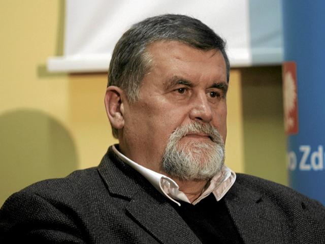profesor Andrzej Zieliński - szczepienia.pzh.gov.pl