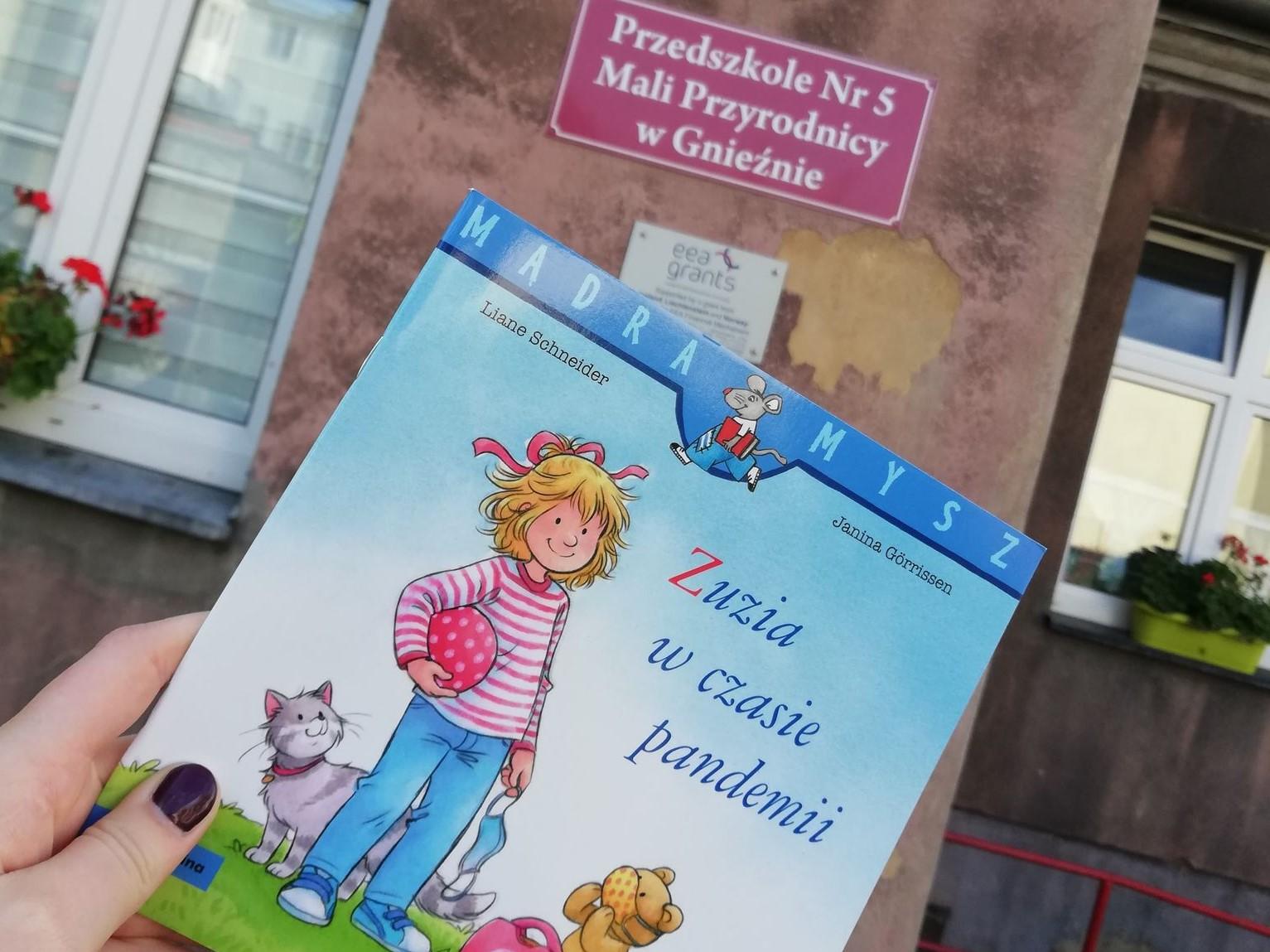 biblioteka gniezno zuzia w czasie pandemii książka - biblioteka.gniezno.pl
