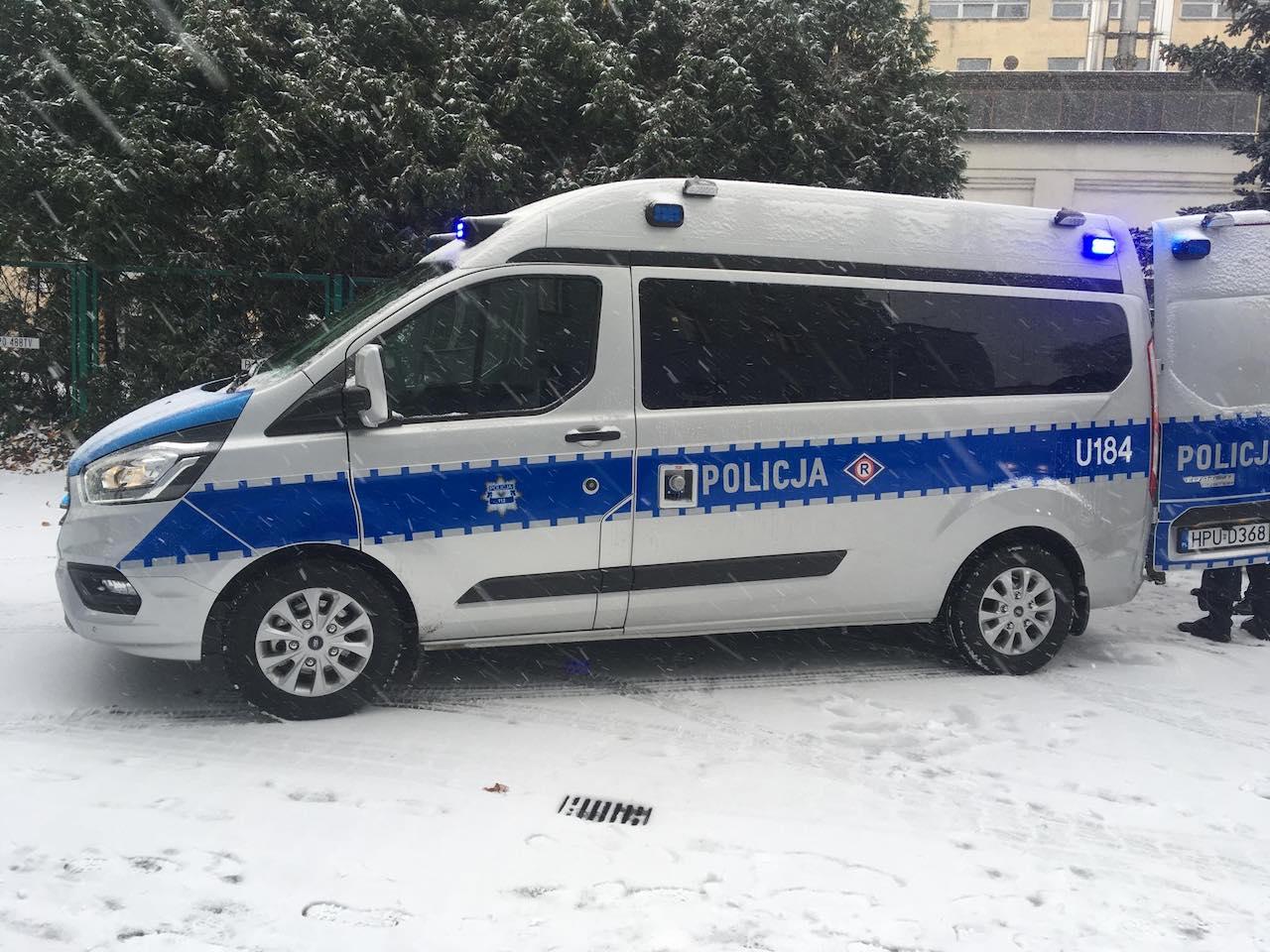 policja samochód spaliny ekologia - Jacek Butlewski - Radio Poznań