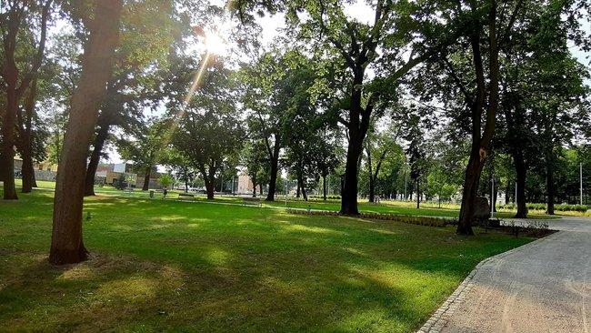 park jonstona  - UM Leszno