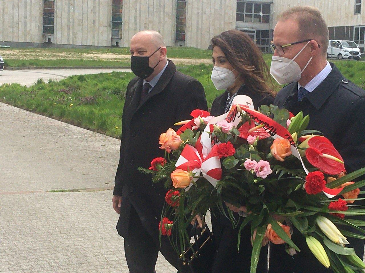 abasador azerbejdżanu kwiaty gniezno - Rafał Muniak